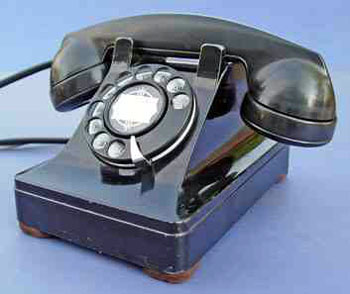 WE TP6A military desk telephone